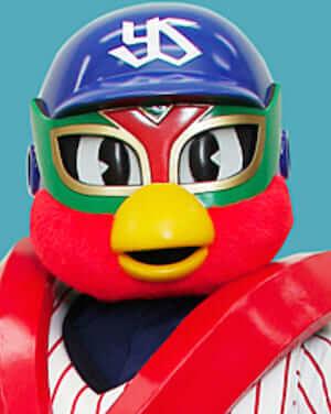 トルクーヤは2014年6月に登場したマスコットキャラクターです。2014年5月に引退した燕太郎の後任です。